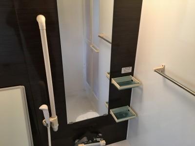 浴室クリーニング施工前になります。